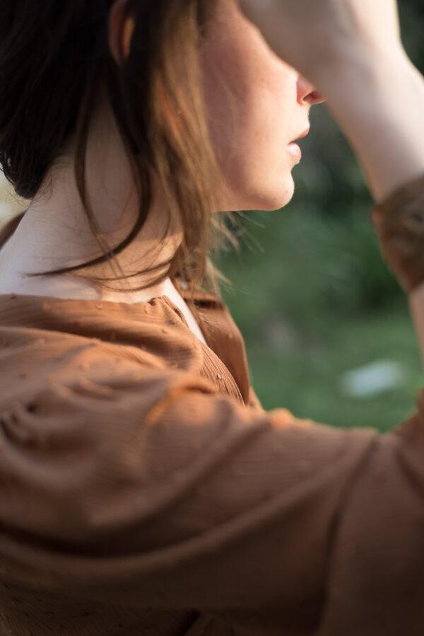 camicia marrone